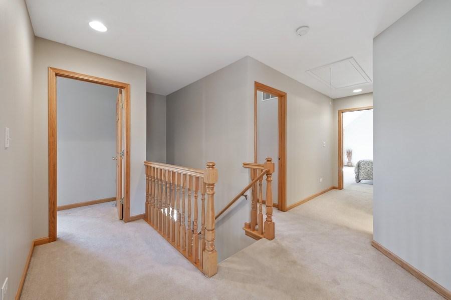 Real Estate Photography - 669 Buena Vista Dr, Glen Ellyn, IL, 60137 - 2nd Floor
