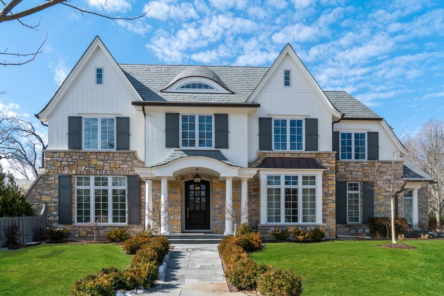 Real Estate Photography - 310 Myrtle St., Winnetka, IL, 60093 - Front View