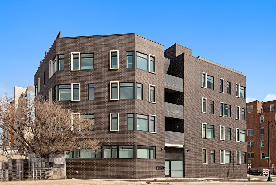 Real Estate Photography - 836 W Hubbard St, Unit 502, Chicago, IL, 60642 - Front View