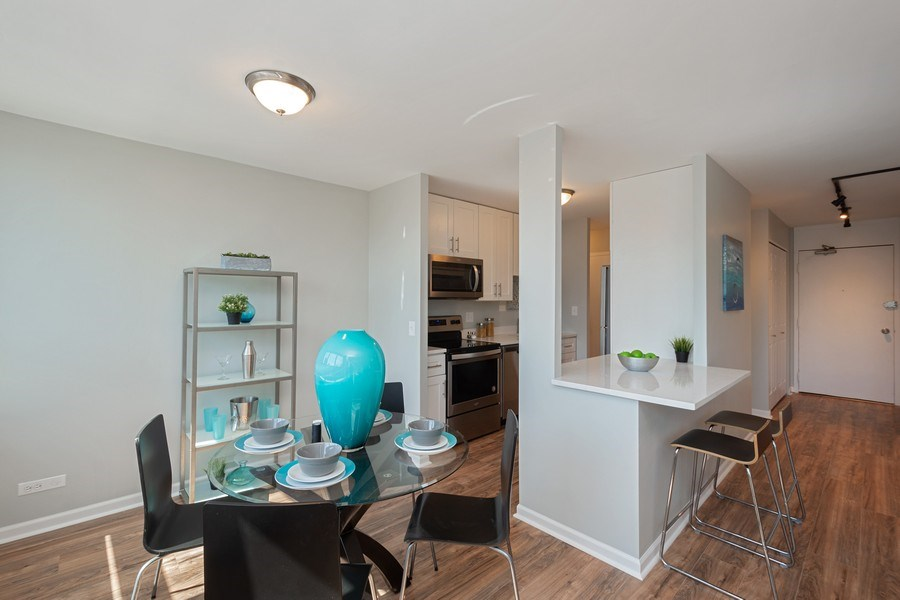 Real Estate Photography - 88 W Schiller St, Unit 1906, Chicago, IL, 60610 - Dining Area
