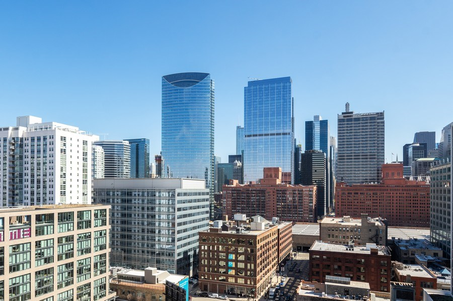 Real Estate Photography - 659 W Randolph, 1801, Chicago, IL, 60661 - View from Unit - Looking East