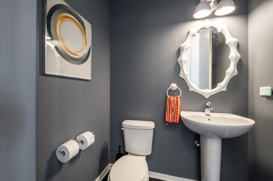 Real Estate Photography - 659 W Randolph, 1801, Chicago, IL, 60661 - Powder Room