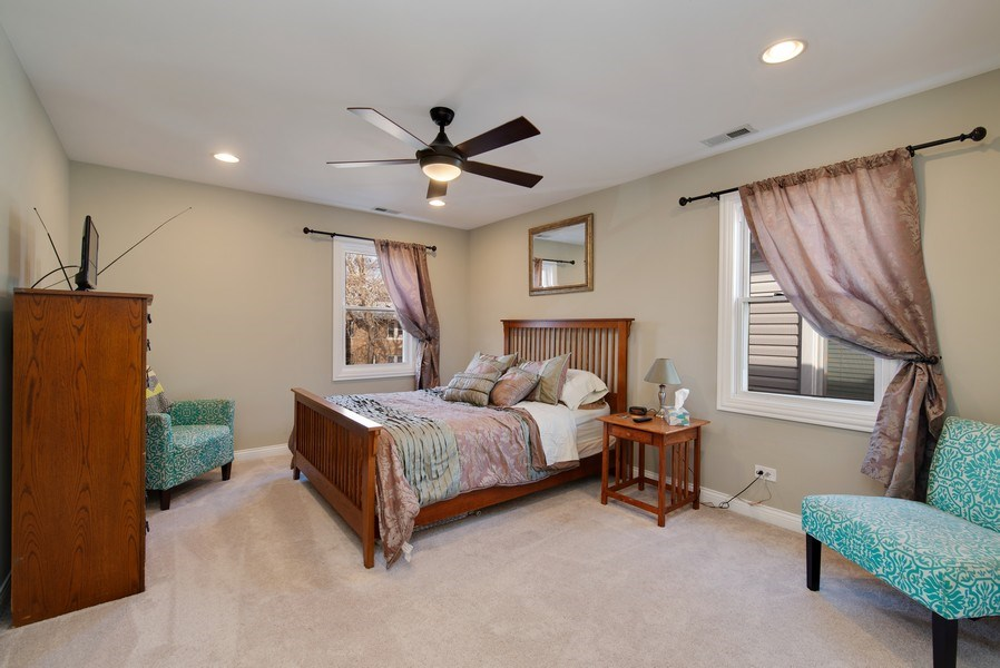 Real Estate Photography - 4825 N Ridgeway Ave, Chicago, IL, 60625 - 2nd Bedroom