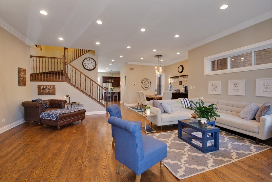 Real Estate Photography - 4825 N Ridgeway Ave, Chicago, IL, 60625 - Great Room