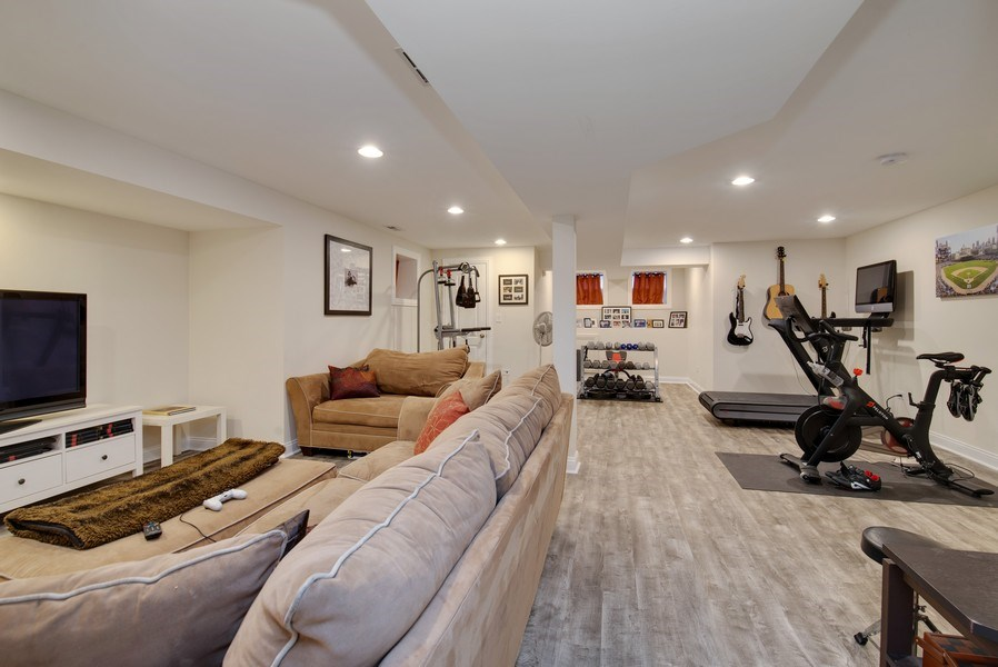 Real Estate Photography - 4825 N Ridgeway Ave, Chicago, IL, 60625 - Family Room