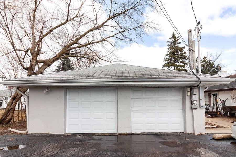 Real Estate Photography - 410 S York Rd, Bensenville, IL, 60106 - Garage