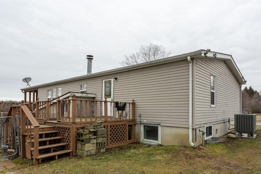 Real Estate Photography - 19498 S Martin Rd, Three Oaks, MI, 49128 - Living Room