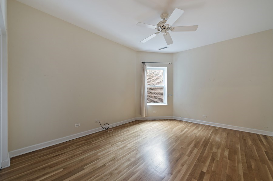 Real Estate Photography - 5529 S Cornell Ave, Unit 3S, Chicago, IL, 60637 -