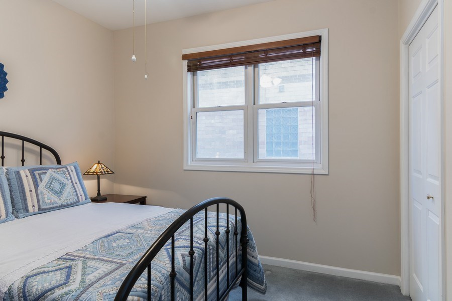 Real Estate Photography - 3924 N Southport, Unit 2 North, Chicago, IL, 60613 - 2nd Bedroom