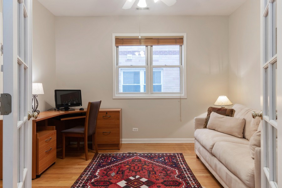 Real Estate Photography - 3924 N Southport, Unit 2 North, Chicago, IL, 60613 - Bedroom