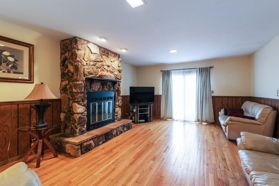 Real Estate Photography - 6040 Carol Ave, Morton Grove, IL, 60053 - Family Room
