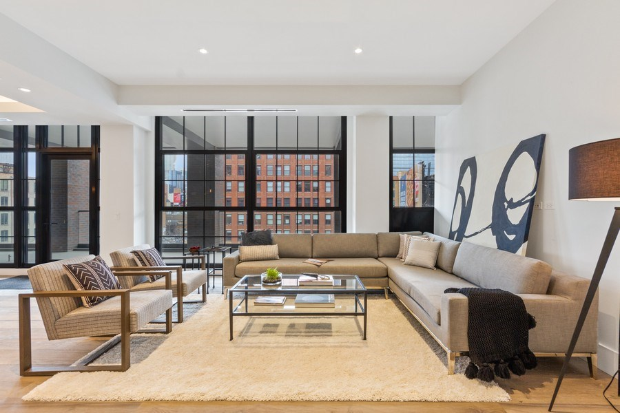 Real Estate Photography - 351 W Huron St, Chicago, IL, 60654 - Family Room