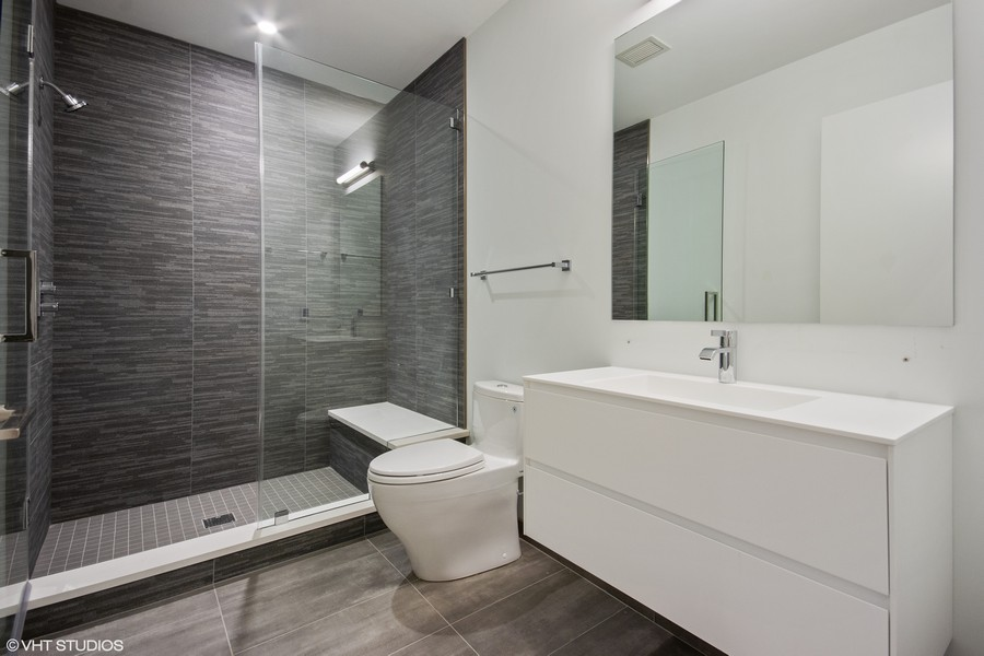 Real Estate Photography - 351 W Huron St, Chicago, IL, 60654 -