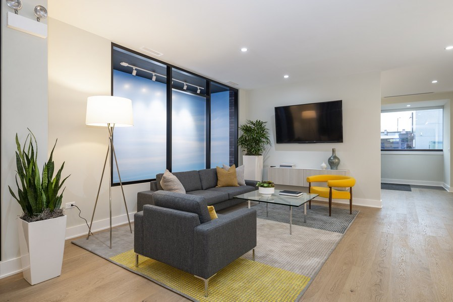 Real Estate Photography - 14 N. Bishop St., Chicago, IL, 60607 - Living Room