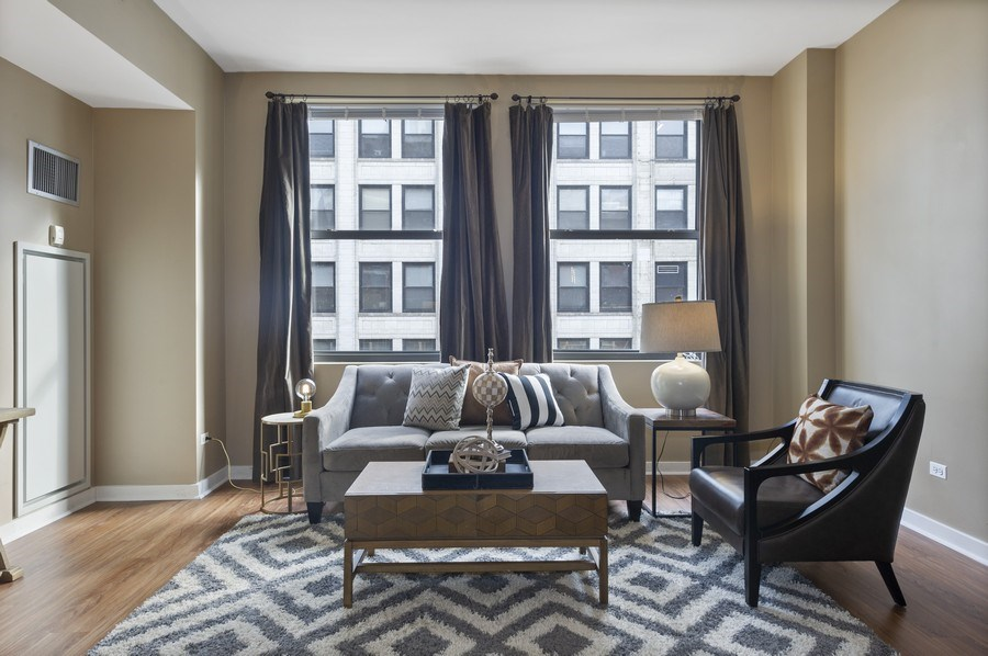 Real Estate Photography - 5 N. Wabash, 1603, Chicago, IL, 60602 - Living Room