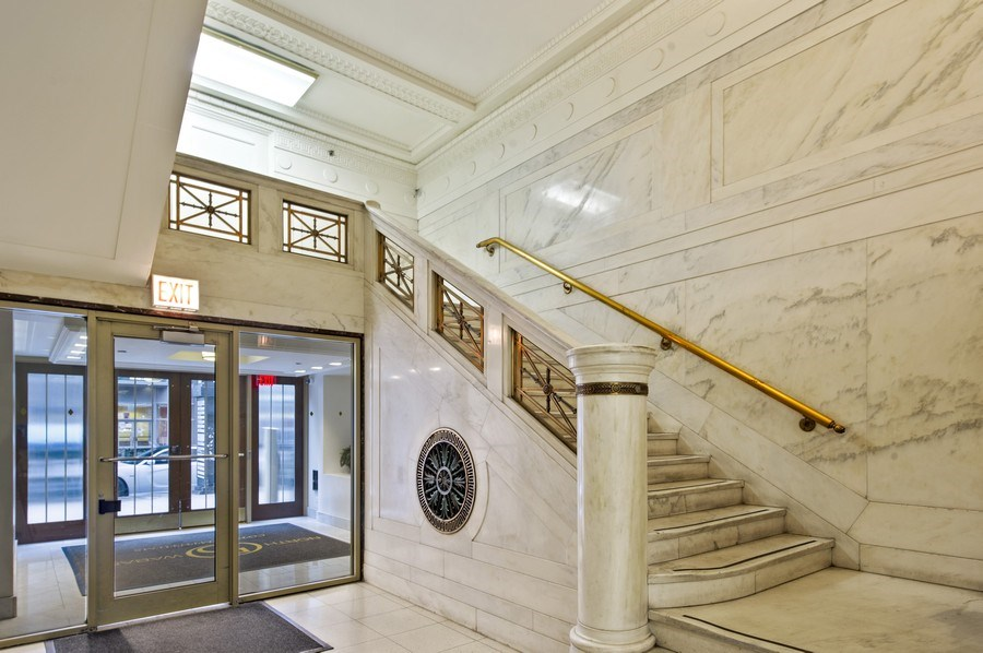 Real Estate Photography - 5 N. Wabash, 1603, Chicago, IL, 60602 - Lobby