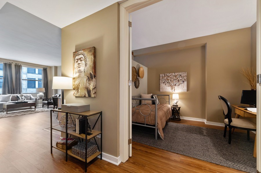 Real Estate Photography - 5 N. Wabash, 1603, Chicago, IL, 60602 - Second Bedroom