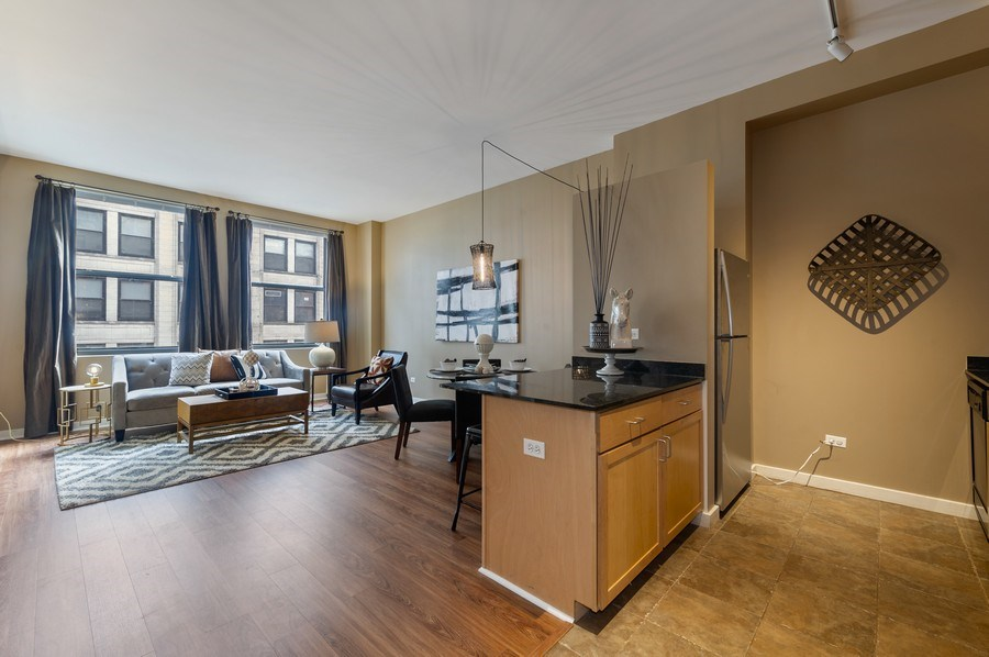 Real Estate Photography - 5 N. Wabash, 1603, Chicago, IL, 60602 - Kitchen / Living Room