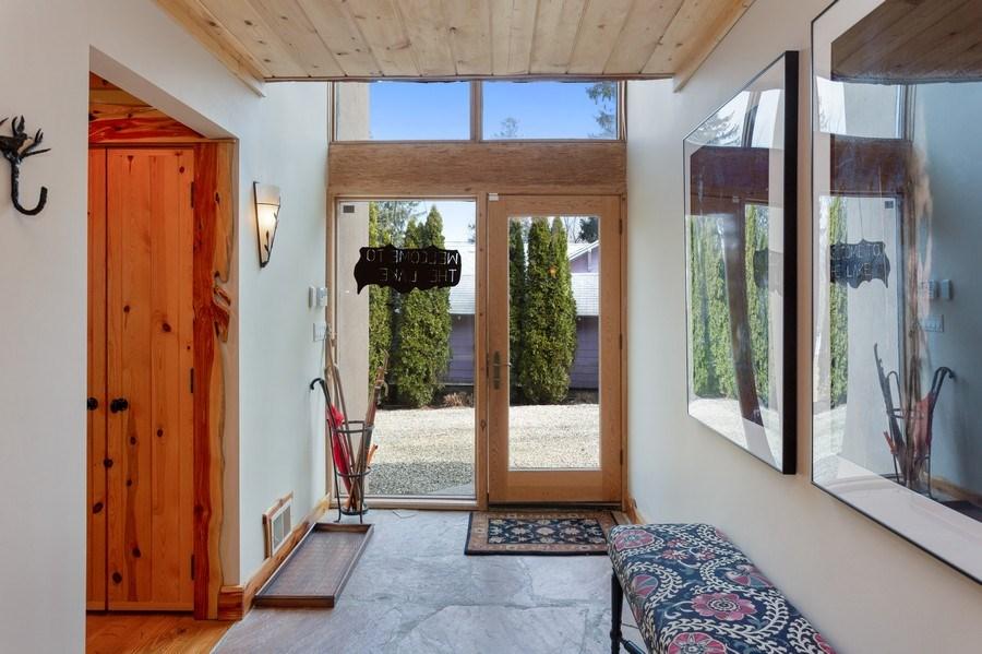 Real Estate Photography - 15157 Lakeshore Road, Lakeside, MI, 49116 - Foyer