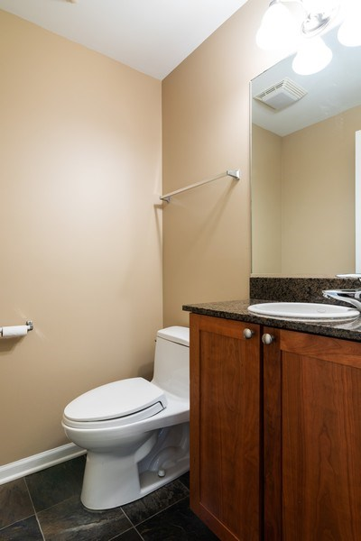 Real Estate Photography - 1738 W Foster Ave #3R, Chicago, IL, 60640 - 2nd Bathroom