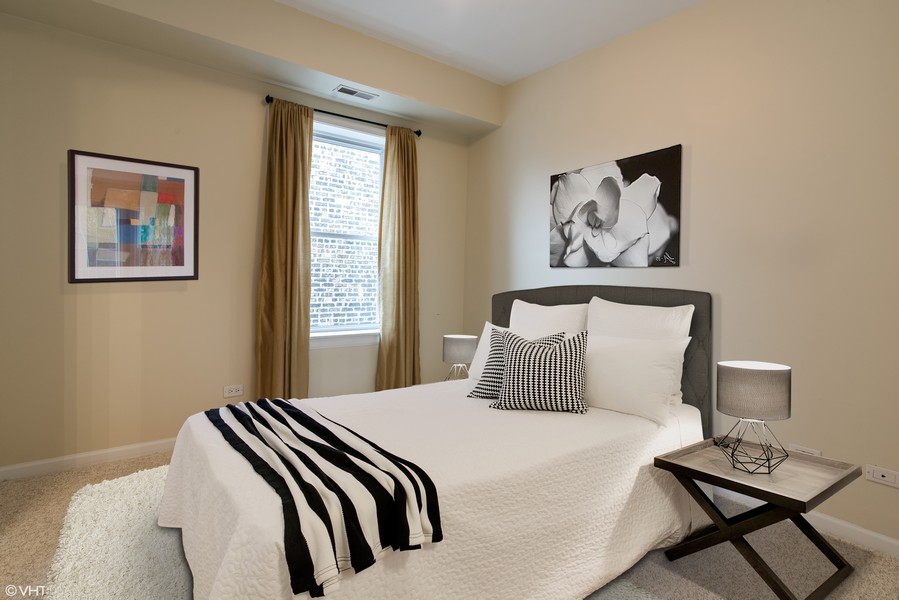 Real Estate Photography - 1738 W Foster Ave #3R, Chicago, IL, 60640 - Bedroom - Virtually Staged