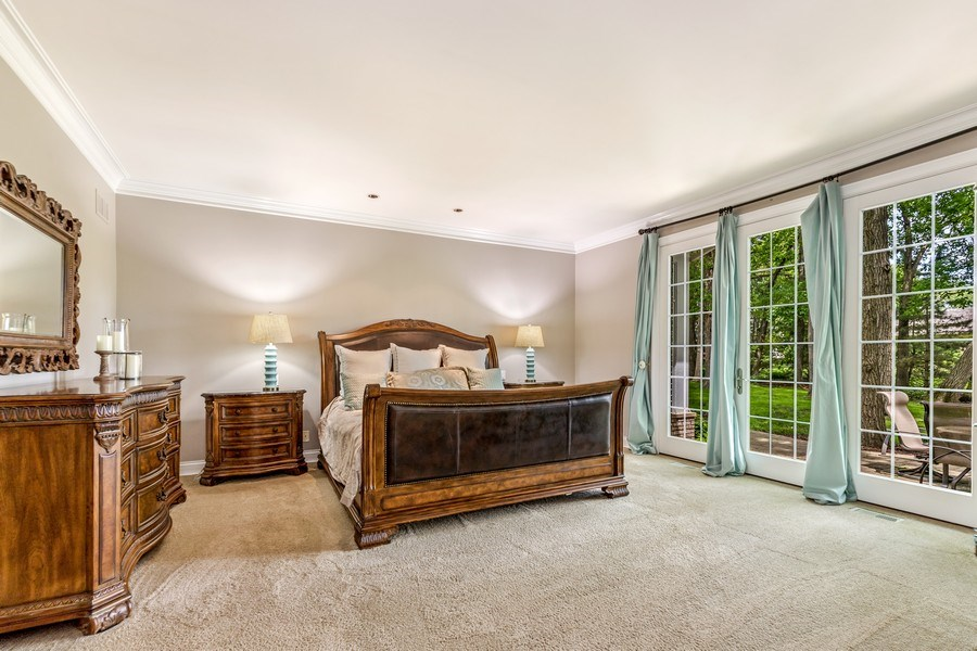 Real Estate Photography - 2021 Tremont Ct, Libertyville, IL, 60048 - Master Bedroom
