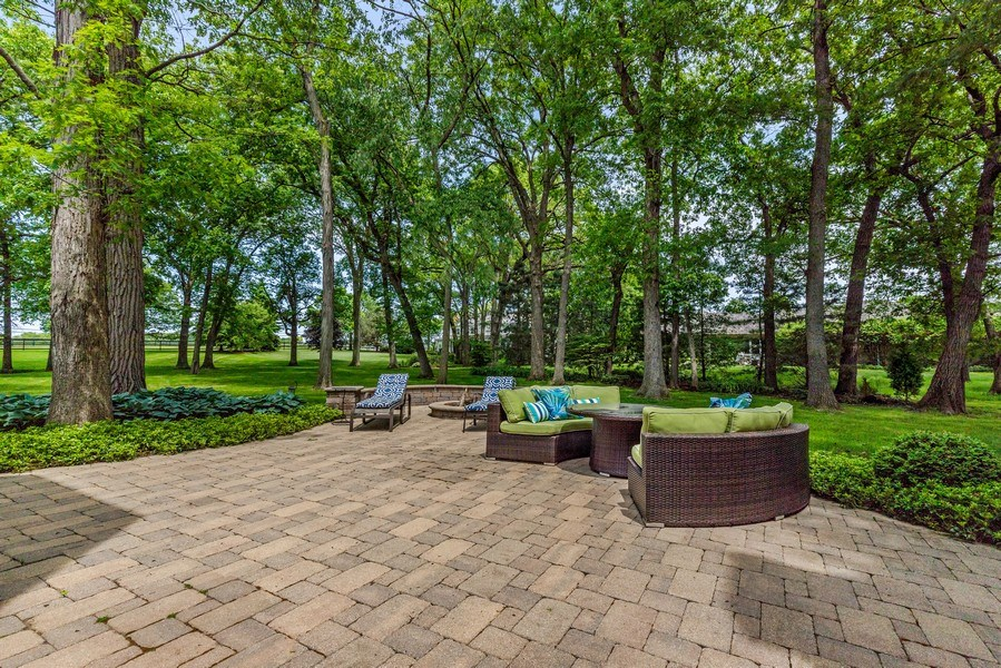 Real Estate Photography - 2021 Tremont Ct, Libertyville, IL, 60048 - Brick Paver Patio