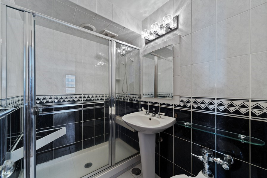 Real Estate Photography - 2970 N. Lake Shore Dr, #9B, Chicago, IL, 60657 - Master Bathroom