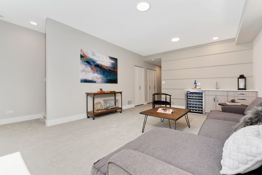 Real Estate Photography - 2548 W. Grenshaw, Chicago, IL, 60612 - Family Room