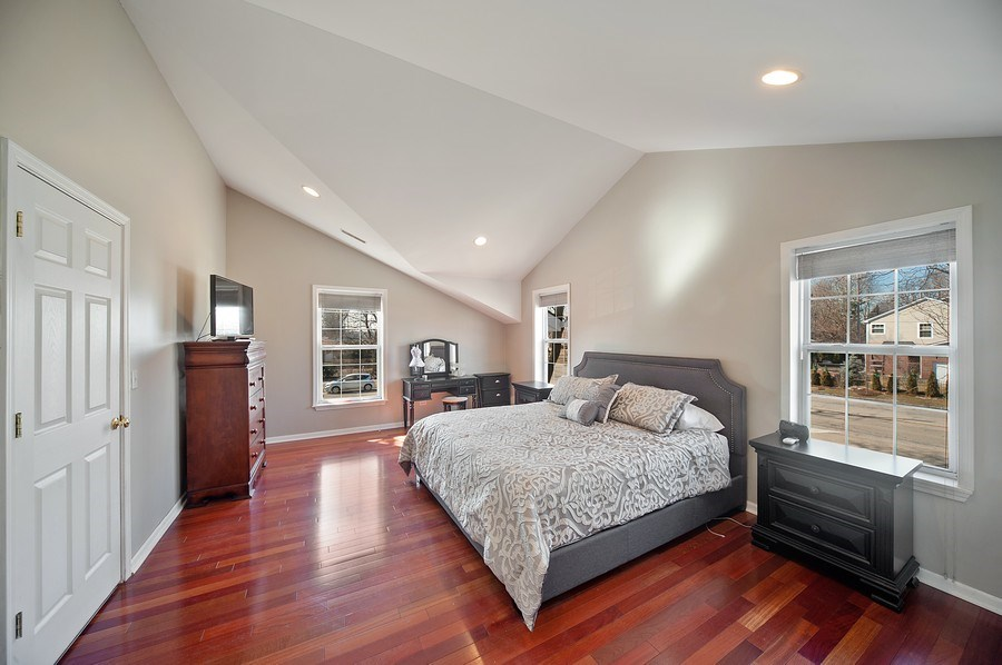 Real Estate Photography - 1722 W. Oakton St., Arlington Heights, IL, 60004 - Master Bedroom