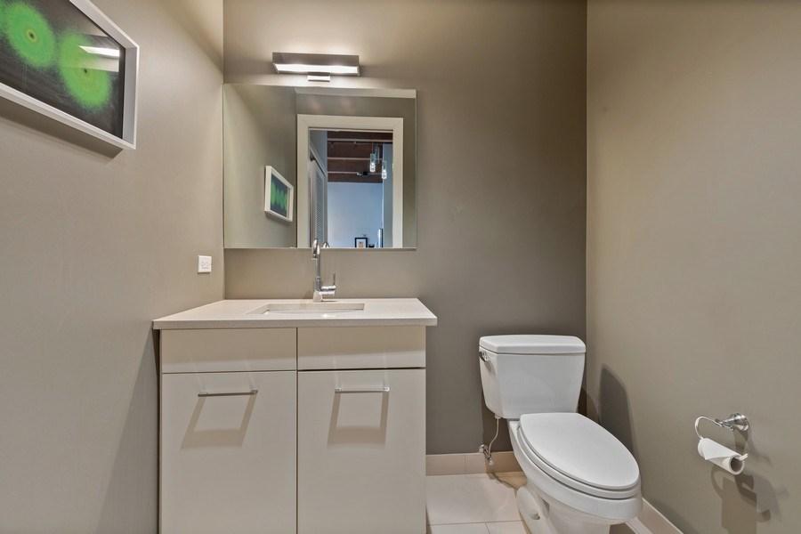 Real Estate Photography - 1800 W Grace, CHICAGO, IL, 60613 - Half Bath