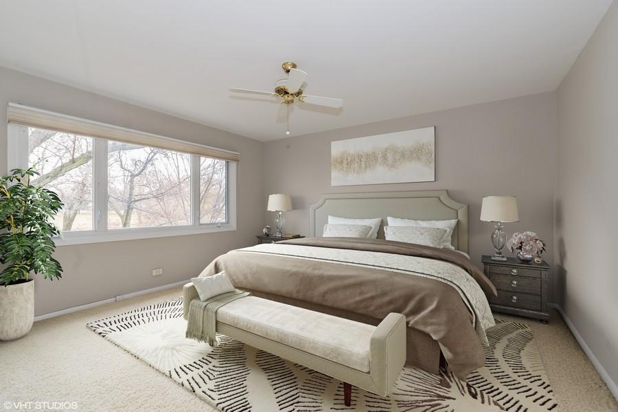 Real Estate Photography - 20 N Regency Dr E, Arlington Heights, IL, 60004 - Master Bedroom