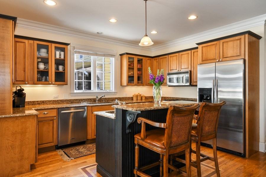 Real Estate Photography - 357 Hirst Court, Lake Bluff, IL, 60044 - Kitchen