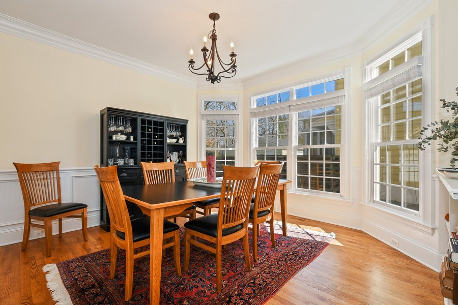 Real Estate Photography - 357 Hirst Court, Lake Bluff, IL, 60044 - Dining Area