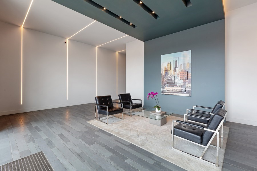Real Estate Photography - 367 W. Locust, 205, Chicago, IL, 60654 - Lobby