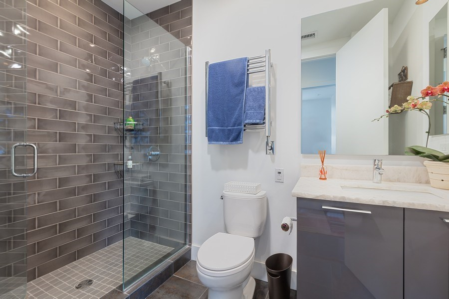 Real Estate Photography - 367 W. Locust, 205, Chicago, IL, 60654 - Bathroom