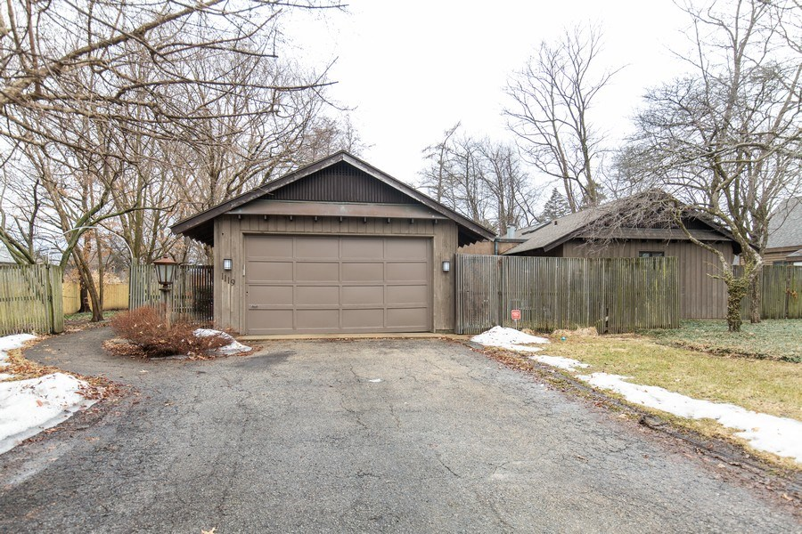 Real Estate Photography - 1119 S 6TH STREET, ST CHARLES, IL, 60174 - Garage