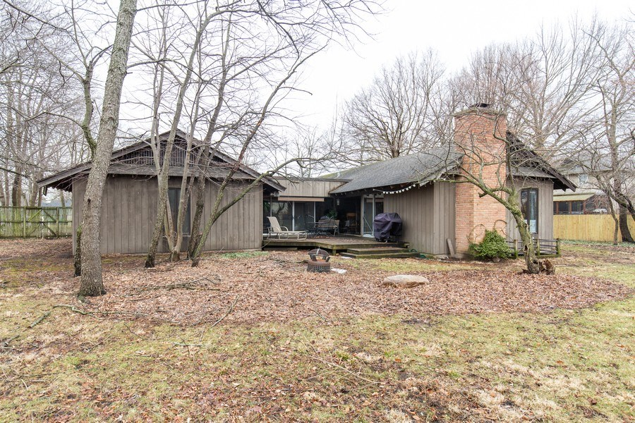Real Estate Photography - 1119 S 6TH STREET, ST CHARLES, IL, 60174 - Rear View