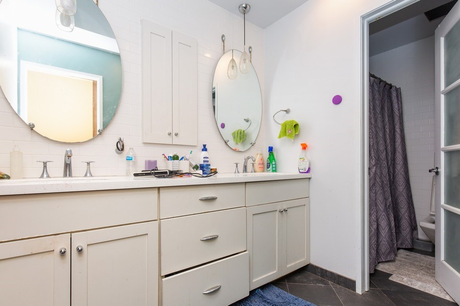 Real Estate Photography - 1119 S 6TH STREET, ST CHARLES, IL, 60174 - Bathroom