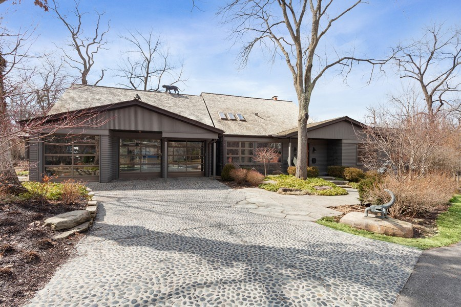 Real Estate Photography - 235 Park Ave, Highland Park, IL, 60035 - Front View