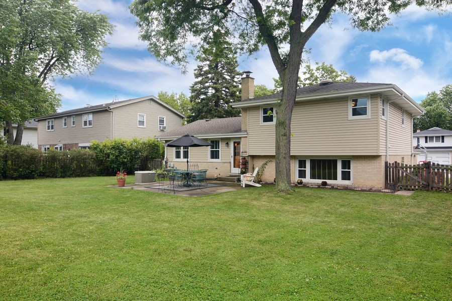 Real Estate Photography - 1530 N Pine Ave, Arlington Heights, IL, 60004 - Back of Home