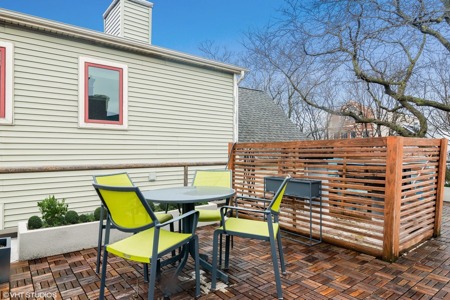 Real Estate Photography - 2646 North Wayne, Unit A, Chicago, IL, 60614 -