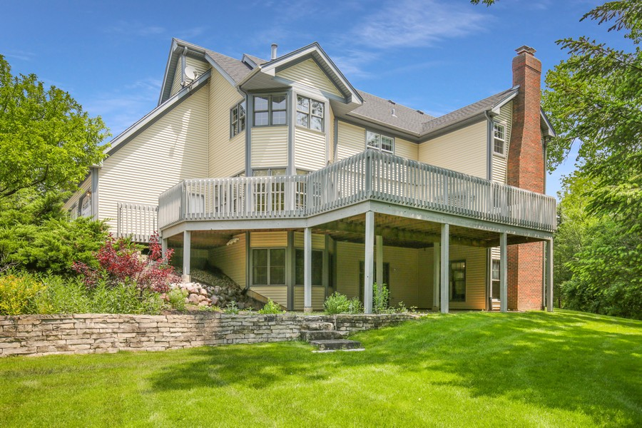 Real Estate Photography - 659 New Bridge Court, Barrington, IL, 60010 - Rear View