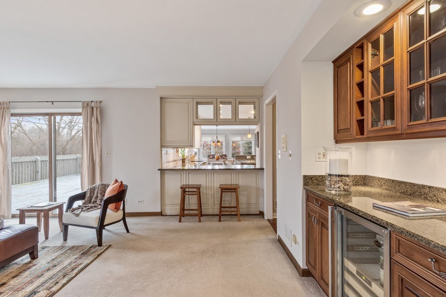Real Estate Photography - 659 New Bridge Court, Barrington, IL, 60010 - Family Room / Kitchen