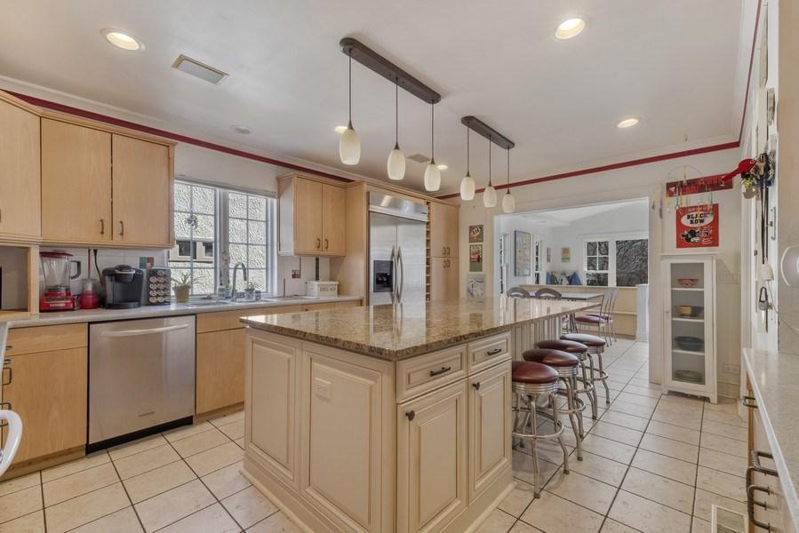Real Estate Photography - 428 Elder Ln., Winnetka, IL, 60093 - Kitchen