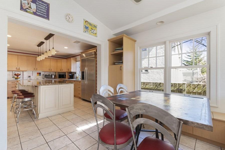 Real Estate Photography - 428 Elder Ln., Winnetka, IL, 60093 - Breakfast Room