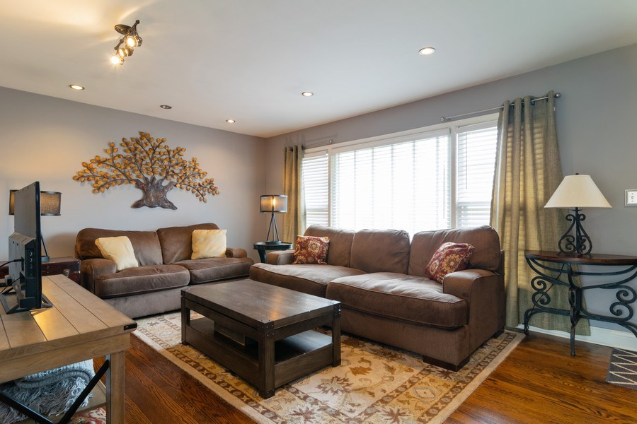 Real Estate Photography - 217 S. Patton Ave., Arlington Heights, IL, 60005 - Living Room