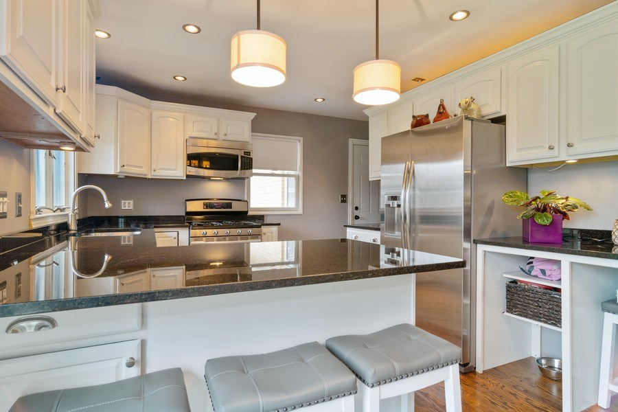Real Estate Photography - 217 S. Patton Ave., Arlington Heights, IL, 60005 - Kitchen