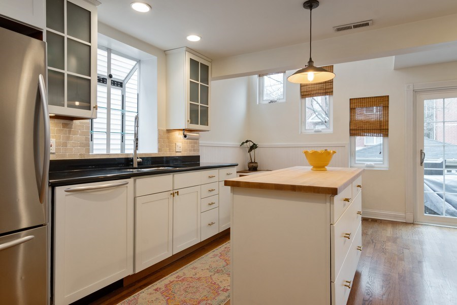 Real Estate Photography - 1219 N. Marion Ct, Chicago, IL, 60622 - Kitchen