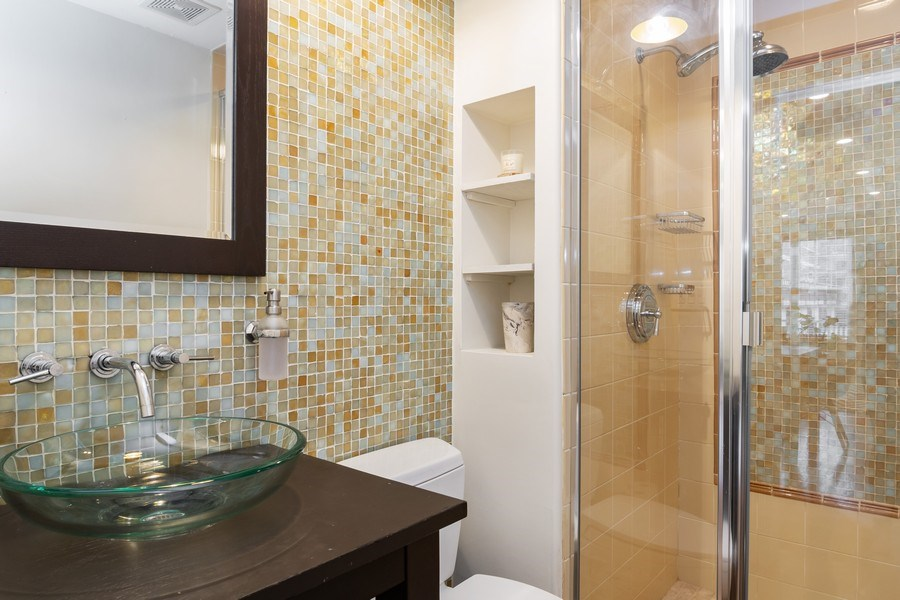 Real Estate Photography - 1219 N. Marion Ct, Chicago, IL, 60622 - Bathroom